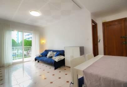 Apartment in Carrer Astúries