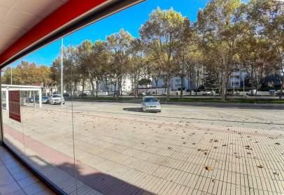 Local comercial en Plaza Rosa de los Vents
