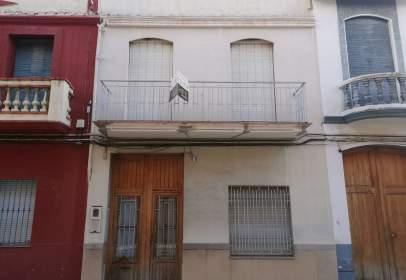 Casa adossada a calle Vicente Moliner