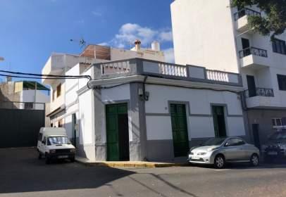 Casa en Plaza de las Nieves