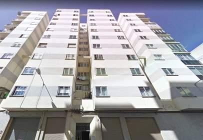 Flat in calle de Burgo de Osma, nº 1