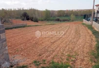 Land in Carretera de Aldehuela