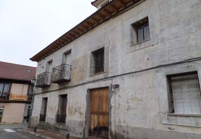 House in Plaza de Picasso