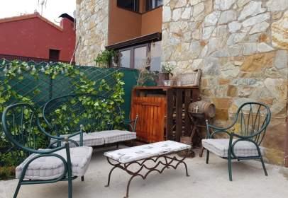 Terraced house in Robledillo de La Jara