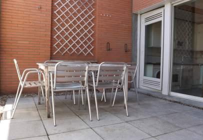 Dúplex en calle de Alcalá, cerca de Avenida de Daroca