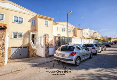 Casa adossada a calle calle Prado