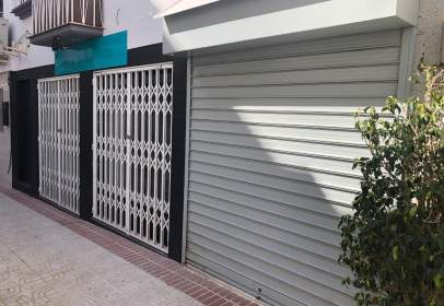 Commercial space in calle del Agua