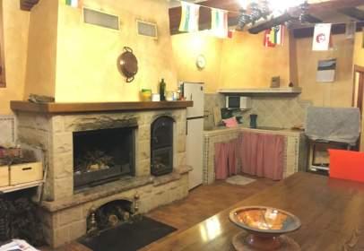 Casa en El Redal A 30Km de Logroño Casa Urbana Con 1700M2 de Terreno de los Cuales 520M2 Son Urbanos