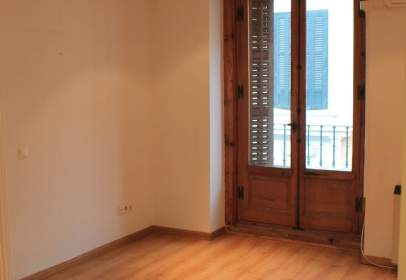 Apartamento en calle del Pez, nº 7