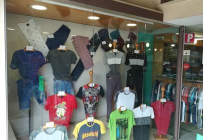 Local comercial en Santa Coloma de Gramenet - Fondo