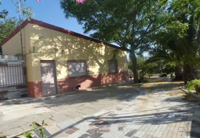 Casa a Avenida de la Constitución, prop de Carrer de la Virgen del Remedio