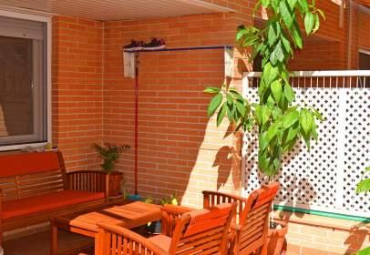 Casa adossada a calle Avenida de Santa María Micaela