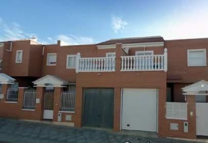 Casa adossada a El Alquian