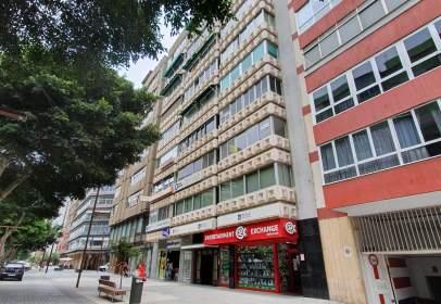 Flat in Avenida de José Mesa y López, nº 6