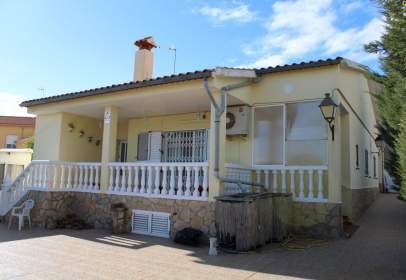 Casa en Camino de la Fuente Segura, nº 8