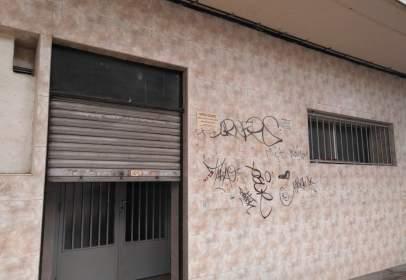 Local comercial en Arrabal