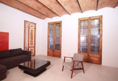 Apartament a Ciutat Vella - El Raval