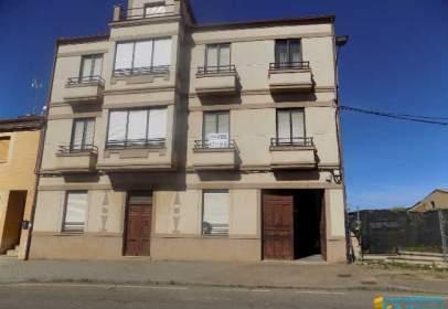 Edificio en calle Real, cerca de Calle de San Juan