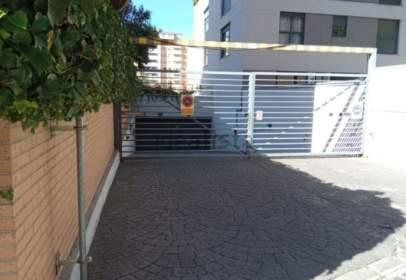 Garage in calle de Fuente Cisneros, 31