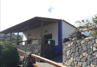 Casa en Camino de la Patita, cerca de Carretera del Amparo