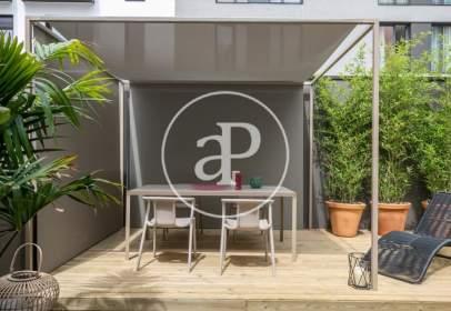 Fantástica casa unifamiliar de Obra nueva con terraza, box privado para 2 coches y piscina comunitaria