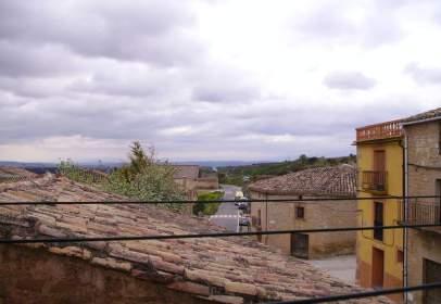 Terraced house in calle de Fueros