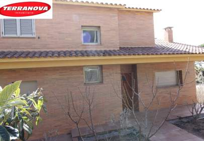 Casa unifamiliar en La Miranda