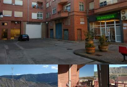 Flat in calle de Uriemo, 6