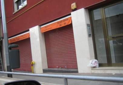 Local comercial en Zona Cadesbank