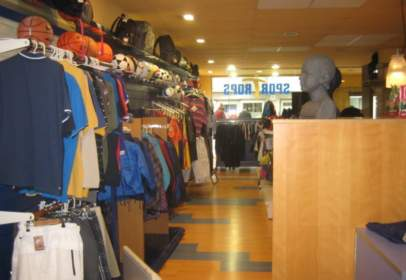 Local comercial a calle Sant Joan