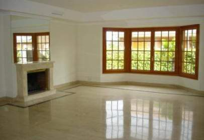 Single-family house in La Moraleja