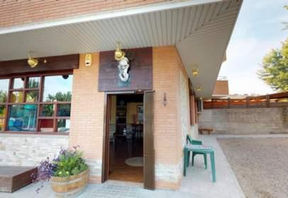 Local comercial en calle Carrasco I Formiguera, nº 77