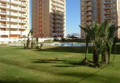 Apartamento en Urbanización Puerto Mar