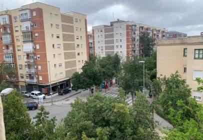 Piso en calle de Pedro Díaz, cerca de Calle Ramón y Cajal
