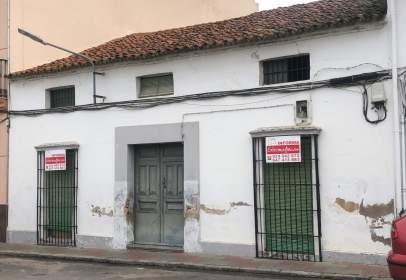 Casa en calle de la Cruz del Río, cerca de Calle de la Buenavista