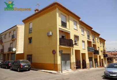 Terraced house in calle de Andrés Segovia, 28