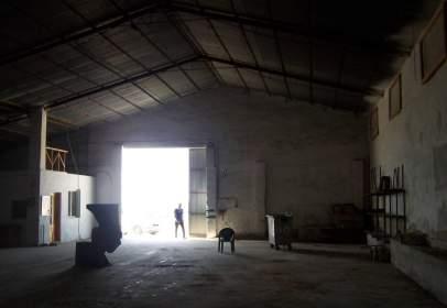 Nave industrial en calle Barrio El Labadero