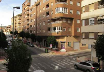Piso en Avenida de La Paz