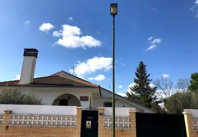 Chalet in calle Huesca