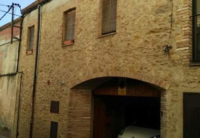 Casa adossada a calle Sant Ponç