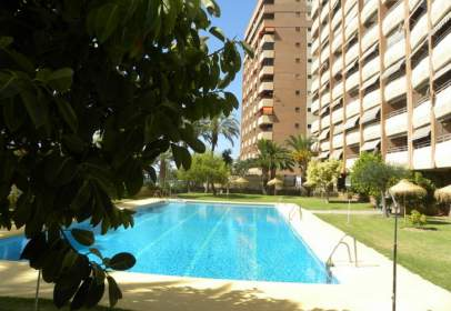 Apartment in Paseo de Velilla, nº 18