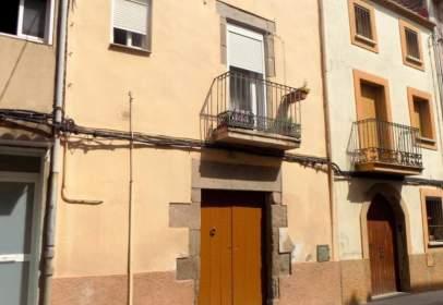 Casa en calle Angel Guimerà