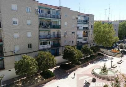 Piso en calle Logroño