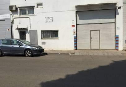 Nave industrial en calle Rocacorbba