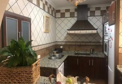 Casa adosada en Mairena del Alcor