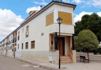 Casa adosada en calle S. Isidro