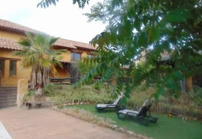 Single-family house in Avenida Peña Real