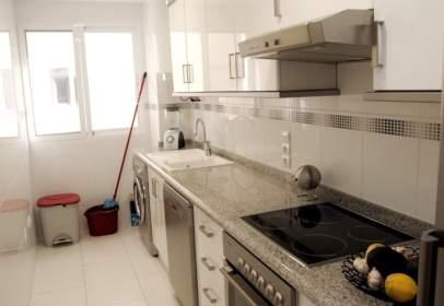 Apartment in calle Paseo de La Universidad, nº 8A