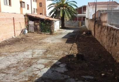 Terreno en calle de los Jardines