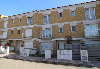 Terraced house in Carrer de Ridaura
